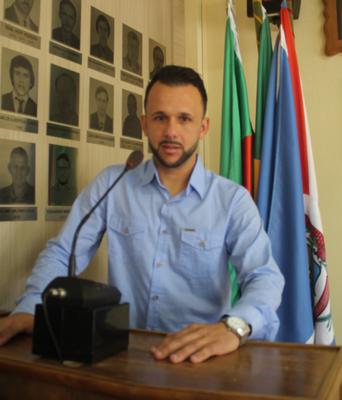 Felipe Naibert.png